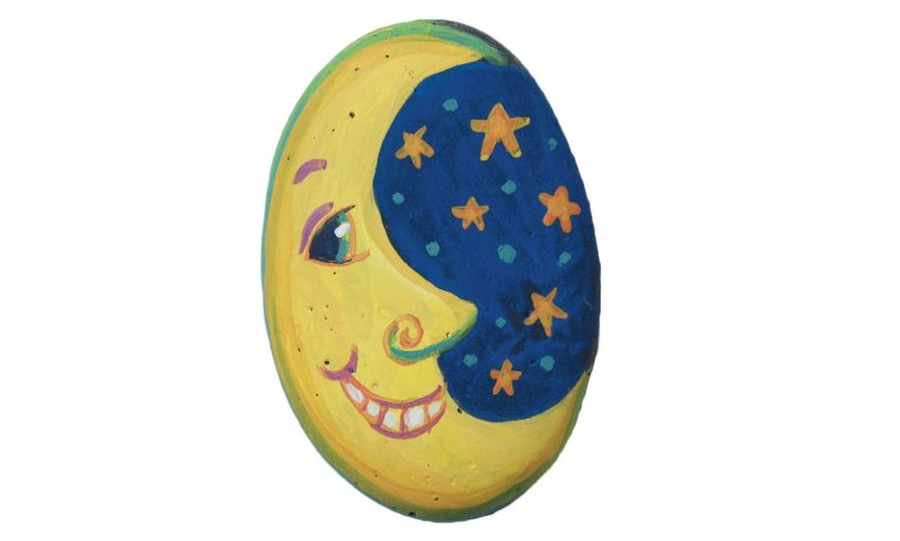 Painted rock - a beach entertainment activity